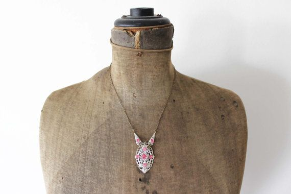 Art Deco Pink Rhinestone Necklace  Silver and by MeadowsVintage