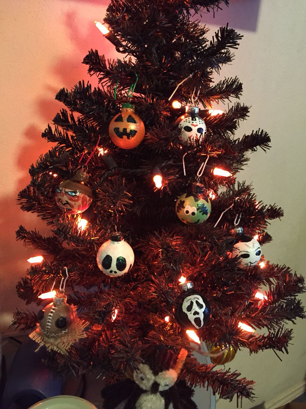 Handpainted Halloween Ornaments for the Halloween Tree