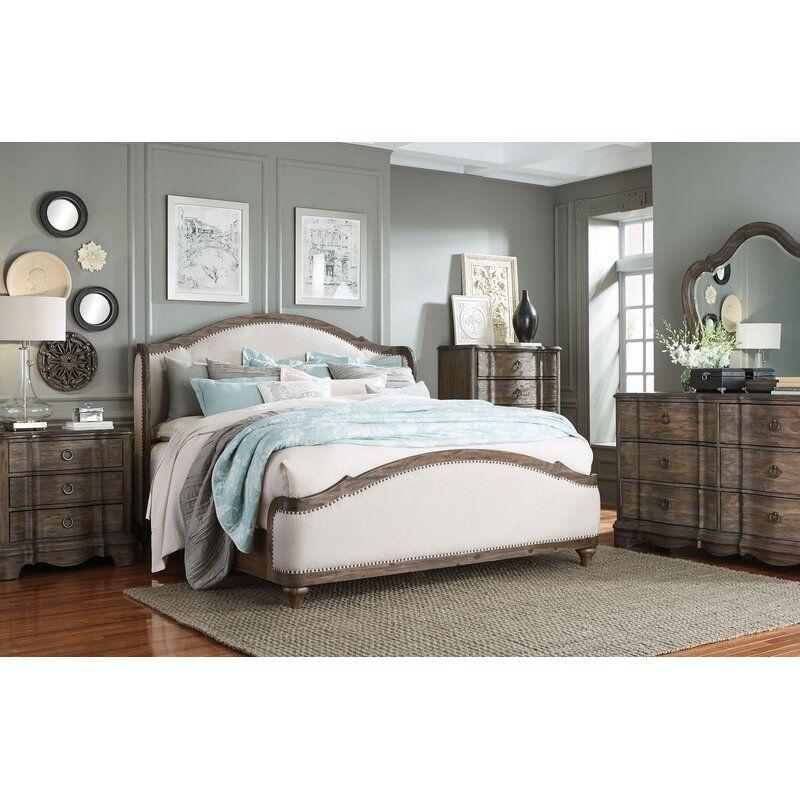 Birch Lane Heritage Barksdale Upholstered Queen Platform Bedroom Set Reviews Wayfair In 2020 King Bedroom Sets Platform Bedroom Sets Bedroom Furniture Sets