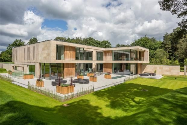 Modern Architecture Virginia Water House Property