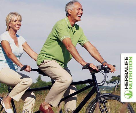 Bom dia!  Andar de bicicleta é uma óptima alternativa para apanhar um pouco de ar fresco, queimar algumas calorias, tonificar os músculos e… divertir-se… tudo ao mesmo tempo!! Experimente! ;) :)  Nuno Ferreira | Membro Herbalife Independente | www.formaperfeita.eu | 968 433 355