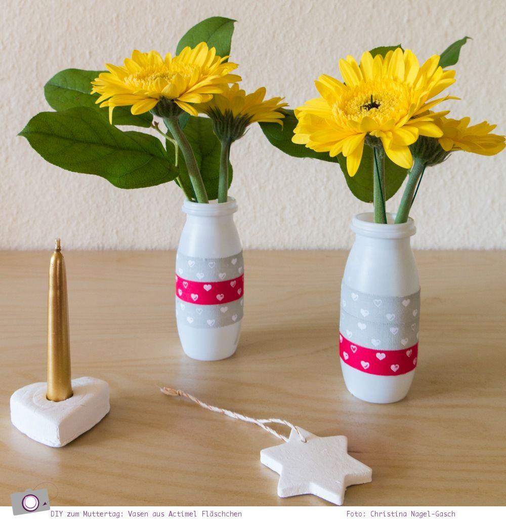 basteln zum muttertag actimel vasen und herzen basteln. Black Bedroom Furniture Sets. Home Design Ideas