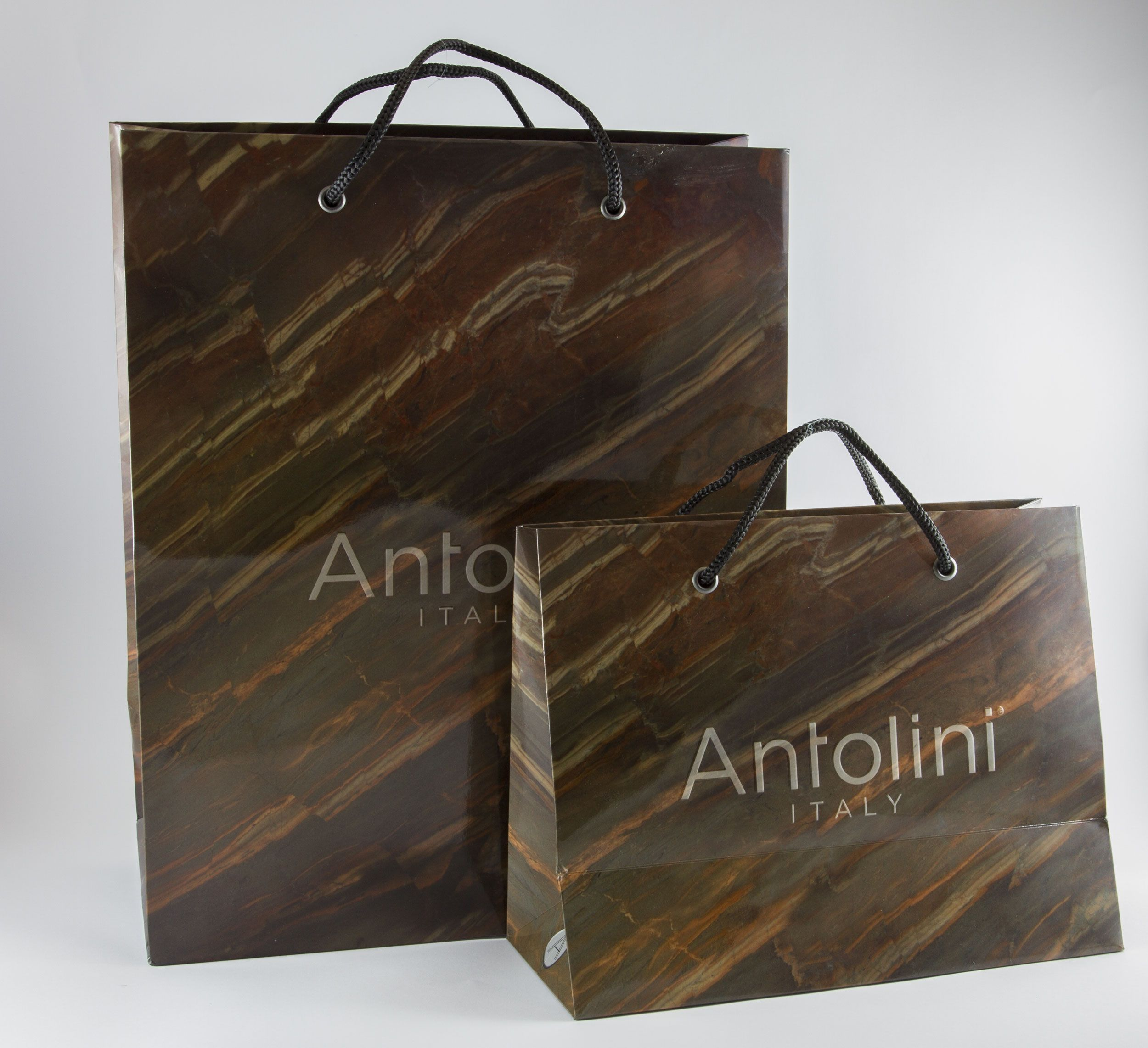 Borse di carta personalizzate. #stampa #produzione #borse #carta #shoppingbags #shopper #personalizzate