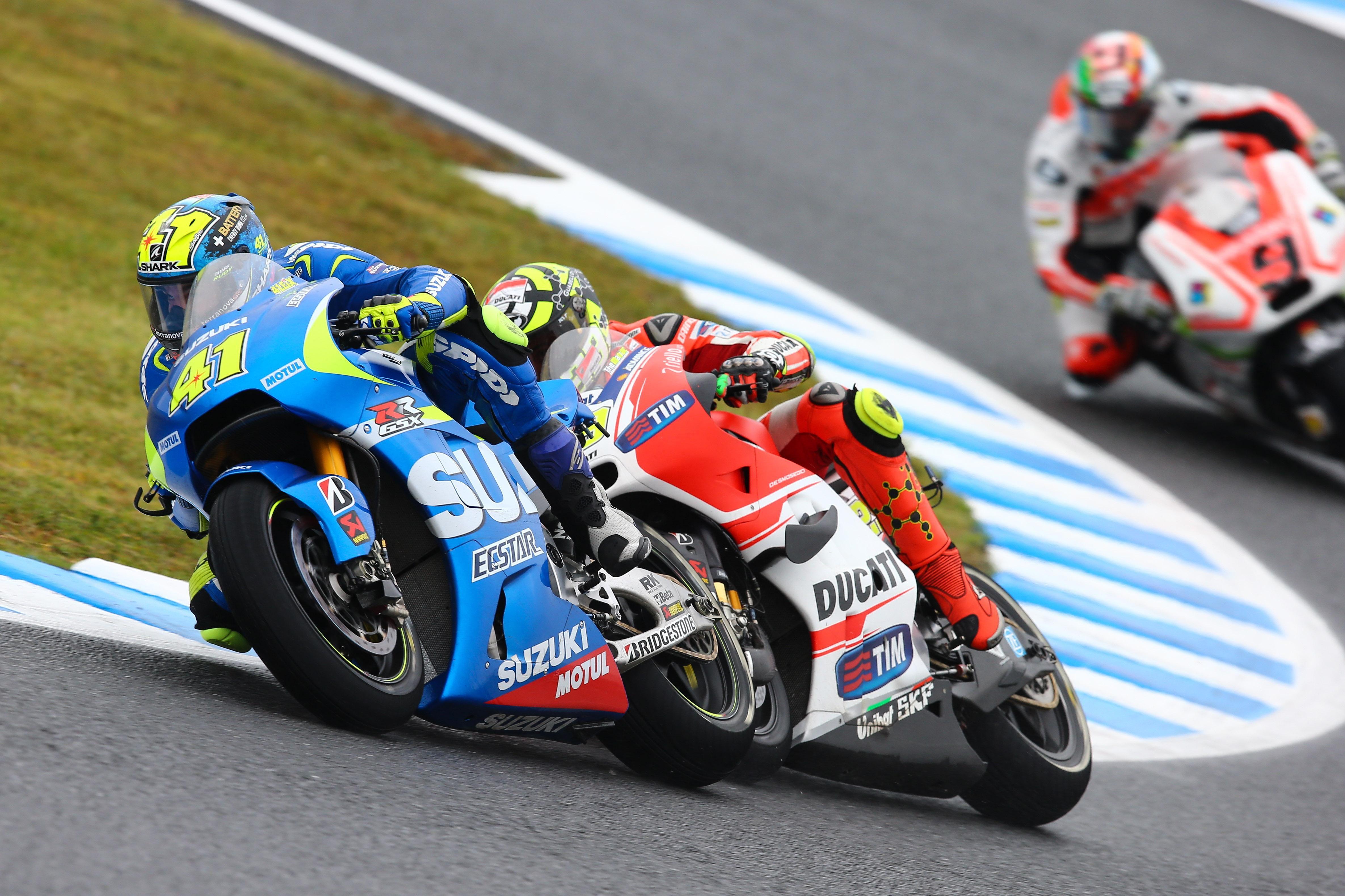 Suzuki GSX-RR / Aleix Espargaro vs Andrea Iannone