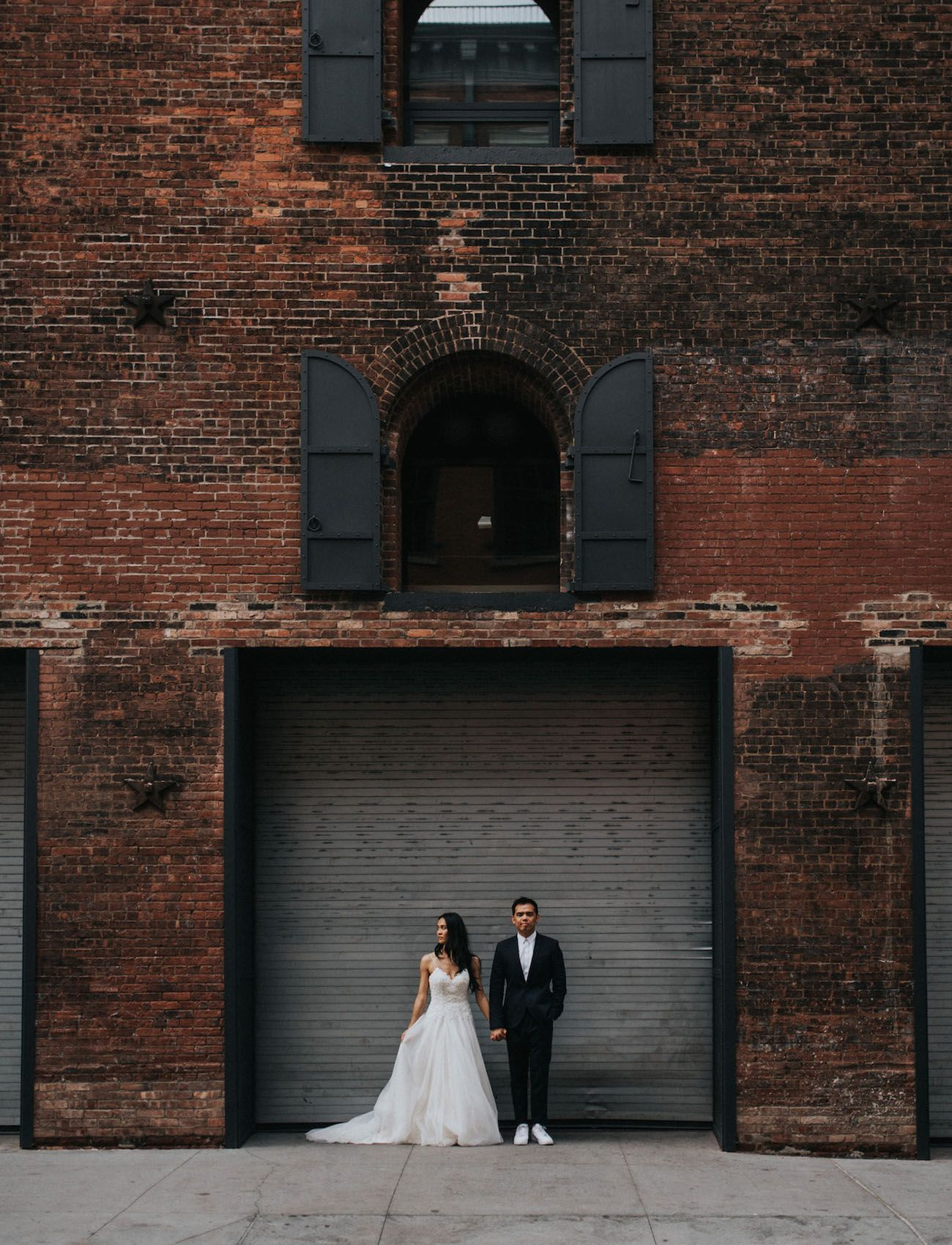 From DUMBO to the Flatiron: A New York City Elopement - Green Wedding Shoes