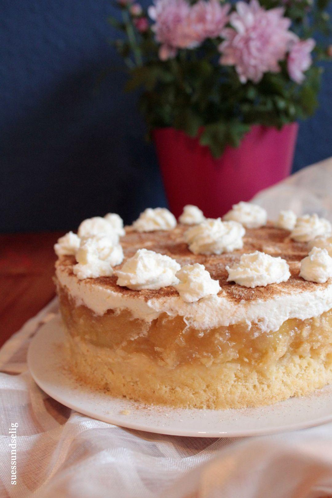 An Apple Pie A Day Eine Apfel Sahne Torte Die Gluckselig Macht Apfel Sahne Torte Kuchen Und Torten Und Kuchen Und Torten Rezepte