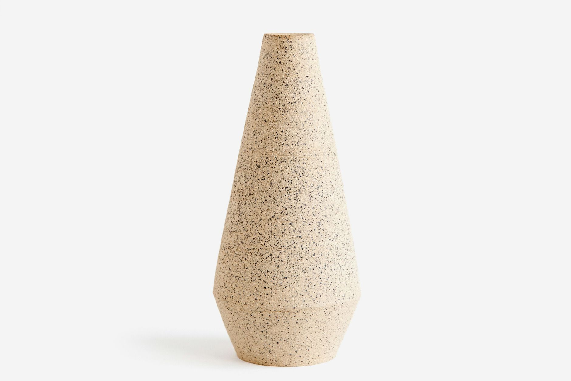 Sand Speckled Vase By Heather Stewart Harvey For Of A Kind Vase Clay Vase Colorful Interiors
