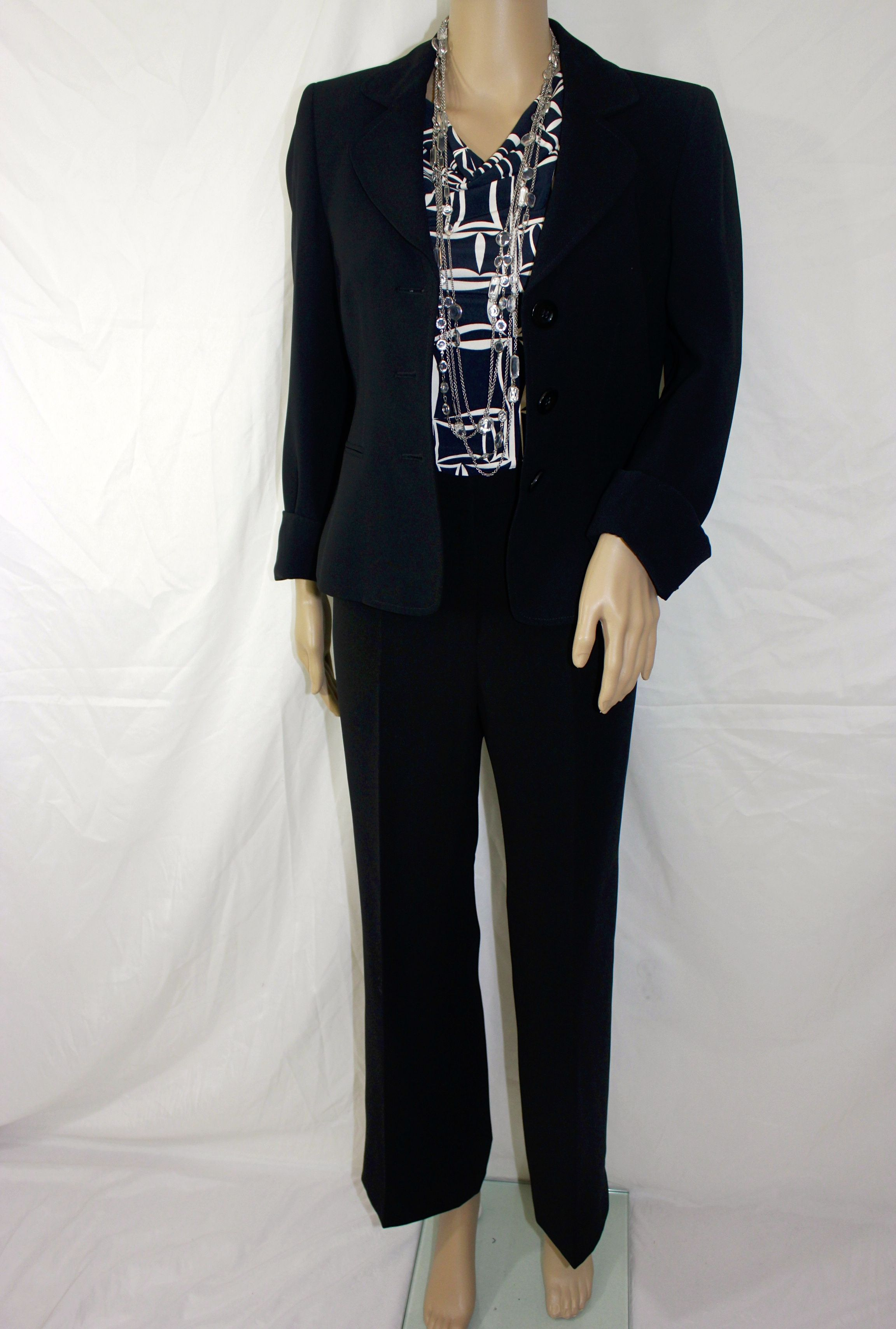 Kasper Black Blazer with buttons and pockets and Size 6 - Jones Wear Black and Beige Top with Cap Sleeves - Size Petite PM - Women's Black Pant and Fully Lined Size 6P