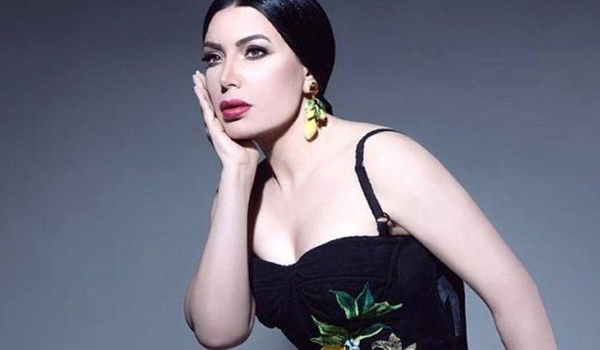 عبير صبري تدخل في مشادة كلامية مع متابعة لها وتشتمها Camisole Top Fashion Women