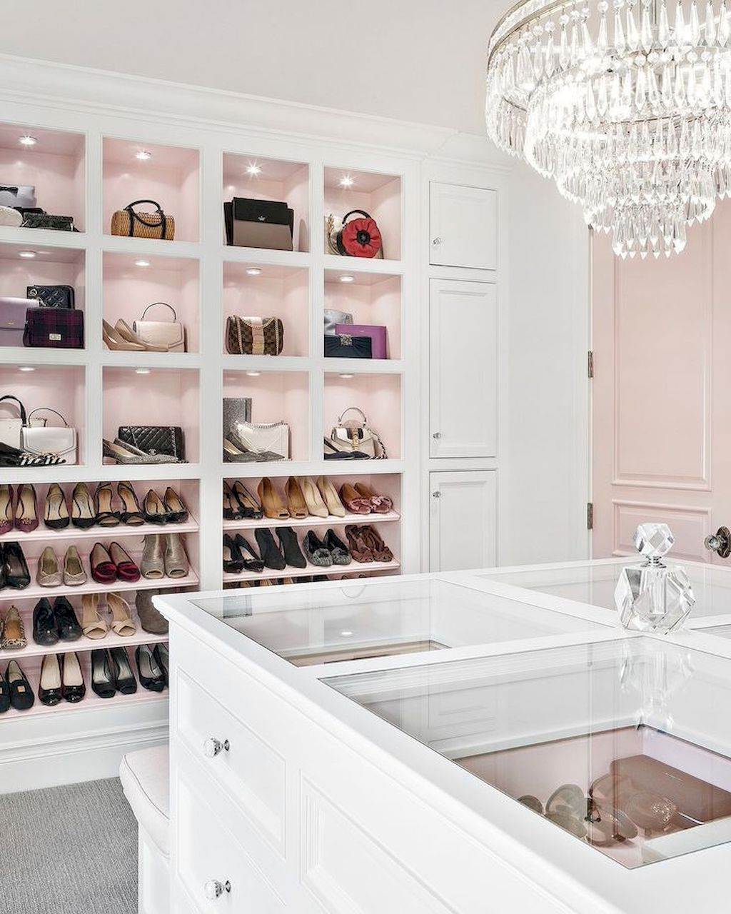 Shocking Closet Door Concepts That Add Model To Your Bed room #dreamclosets