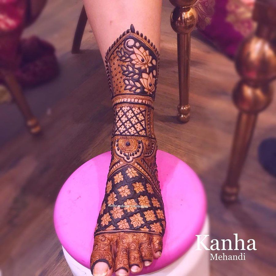 New Leg Mehndi Design 2021