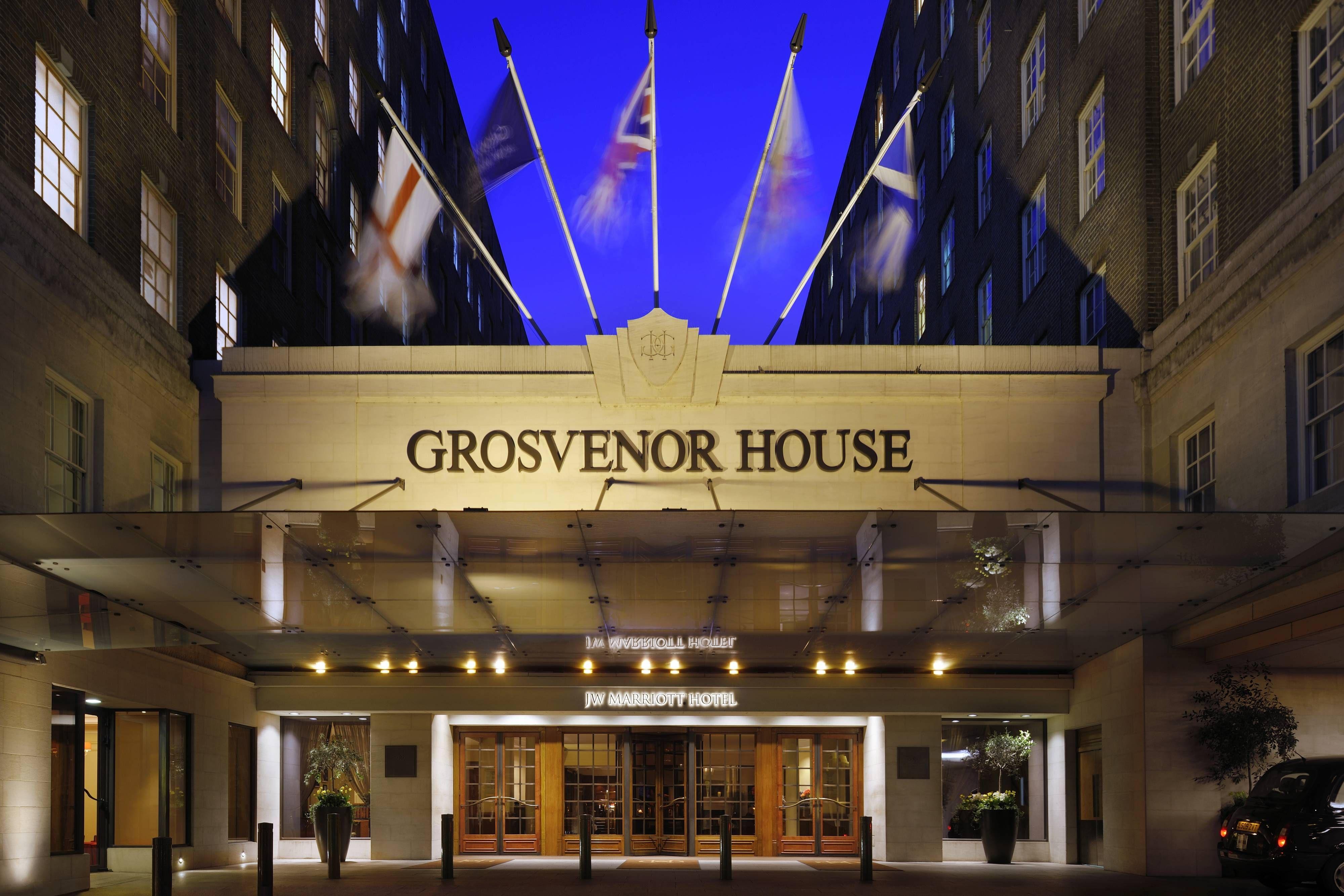 Grosvenor House A Jw Marriott Hotel Entrance Hotel Guestroom Hotels London Hotels Grosvenor House London Marriott Hotels