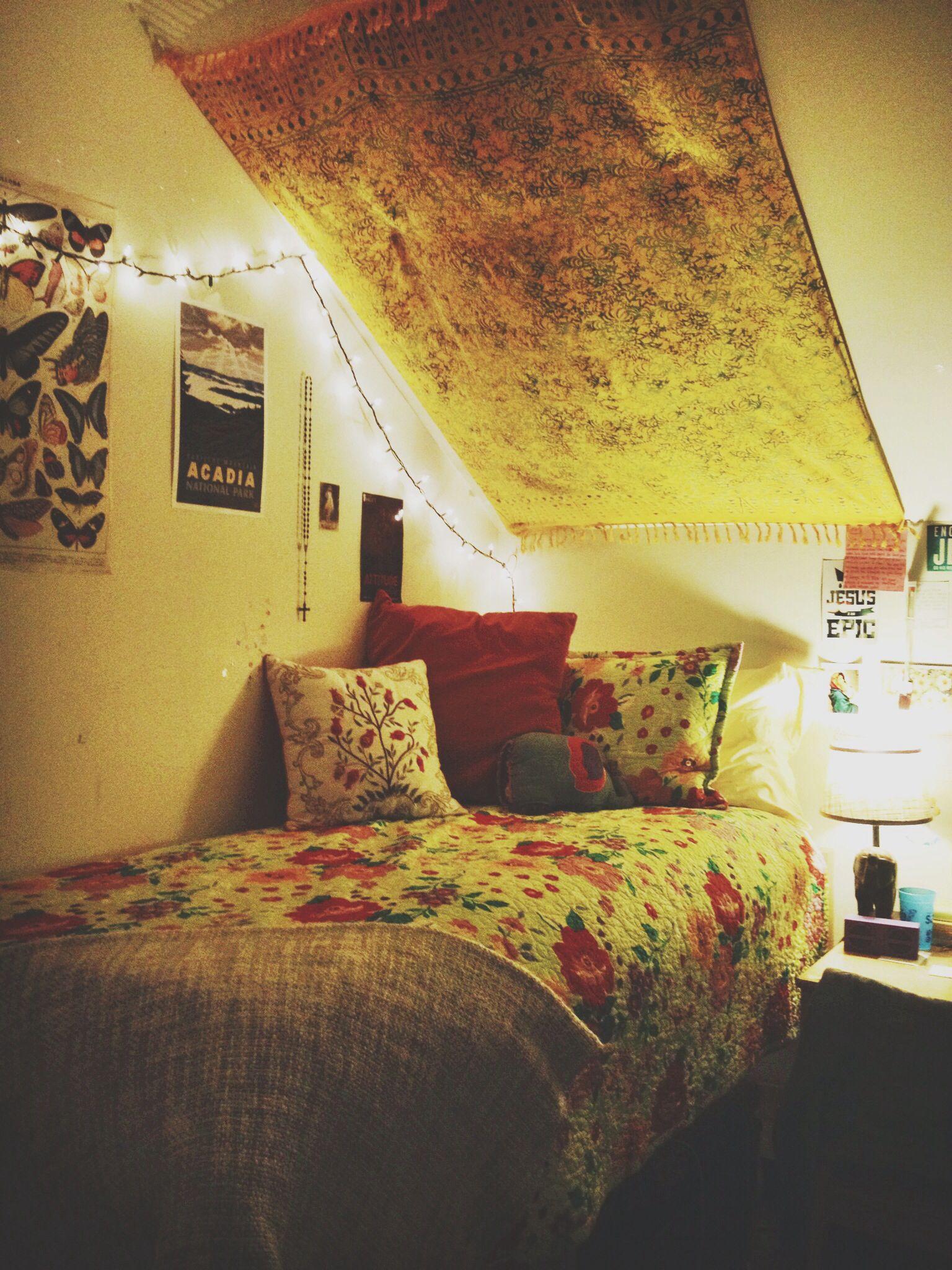My dorm room, Belmont university in Nashville! | House and dorm ...
