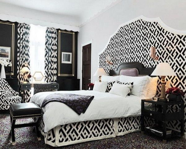 INTERIORS: Black and White Bedroom
