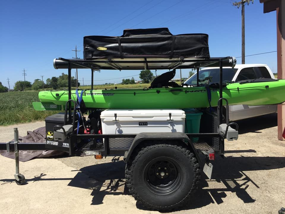 This Utility Trailer Camper Is A Good Example Of How To Haul Kayaks With A Roof Top Tent As You Can See For Taking In 2020 Jeep Trailer Kayak Trailer Camping Trailer