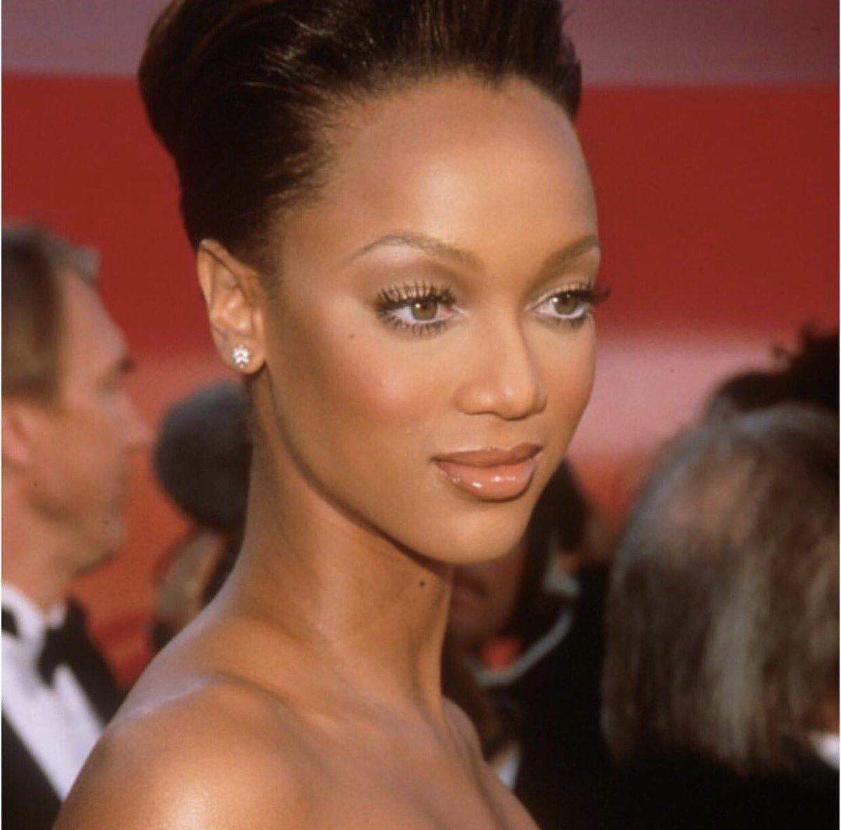 Tyra Banks 90s makeup look, Black girl makeup, Tyra