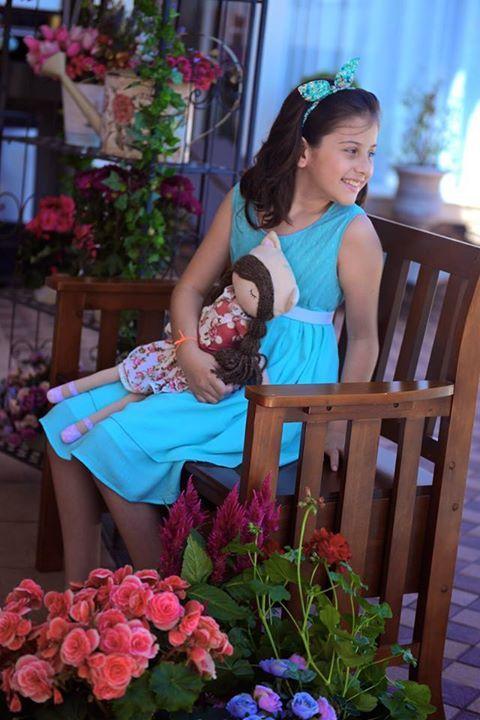 Vestido Tiffany da marca Amélie mUndo Infantil #vestido #dress #boneca #doll #bonecadepano #cute #fofo #infantil #kids #moda #fashion #flor #flower #photo #foto #garden #jardim #amelemundoinfantil #loja #jurere #jurereinternacional #floripa # florianopolis #lindo #roupa #festa #artesanato #ideia #Amelie