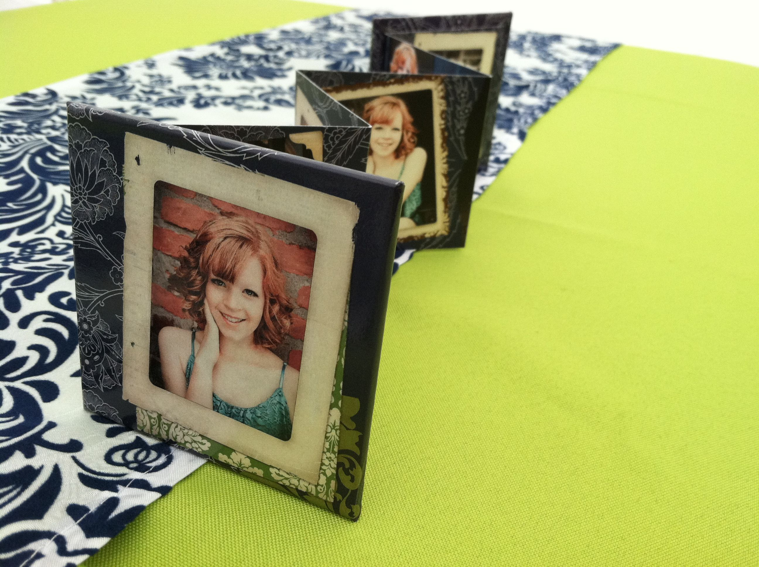high graduation memory table idea senior graduation party