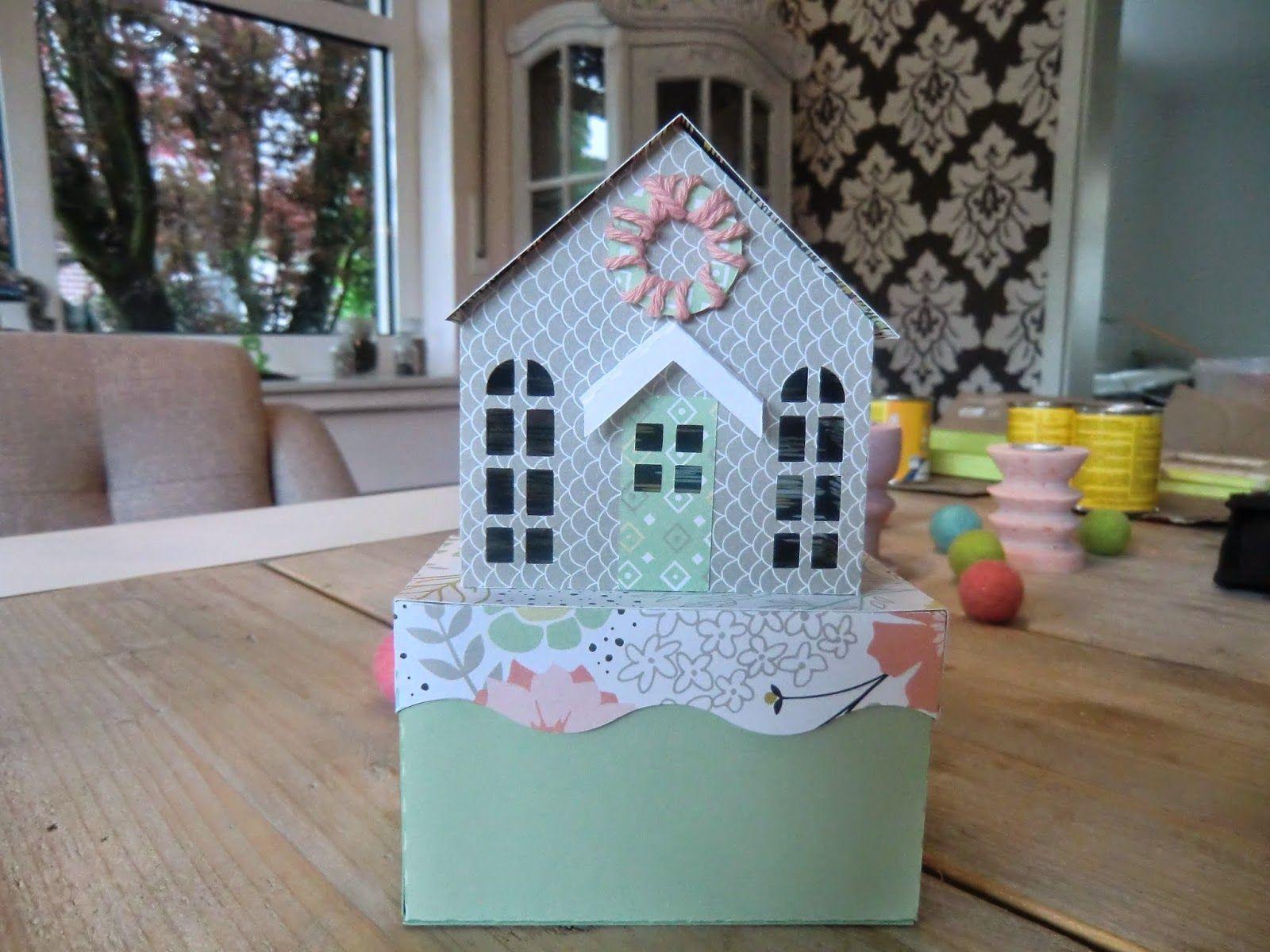 Verpackung in Form eines Hauses mit der Silhouette Cameo gefertigt