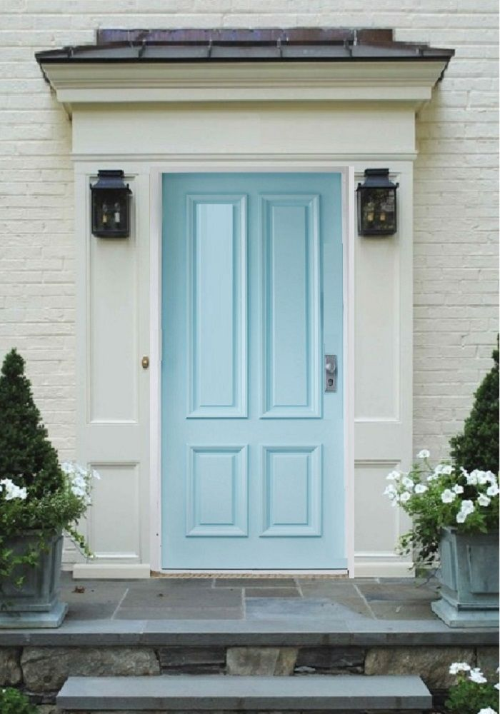Pearl White Brick Trim With Baby Blue Door Brick Exterior House Blue Door Exterior Colors