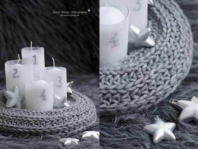 strick adventskranz selber machen diy adventskranz aus einem schal strickzeug pinterest. Black Bedroom Furniture Sets. Home Design Ideas
