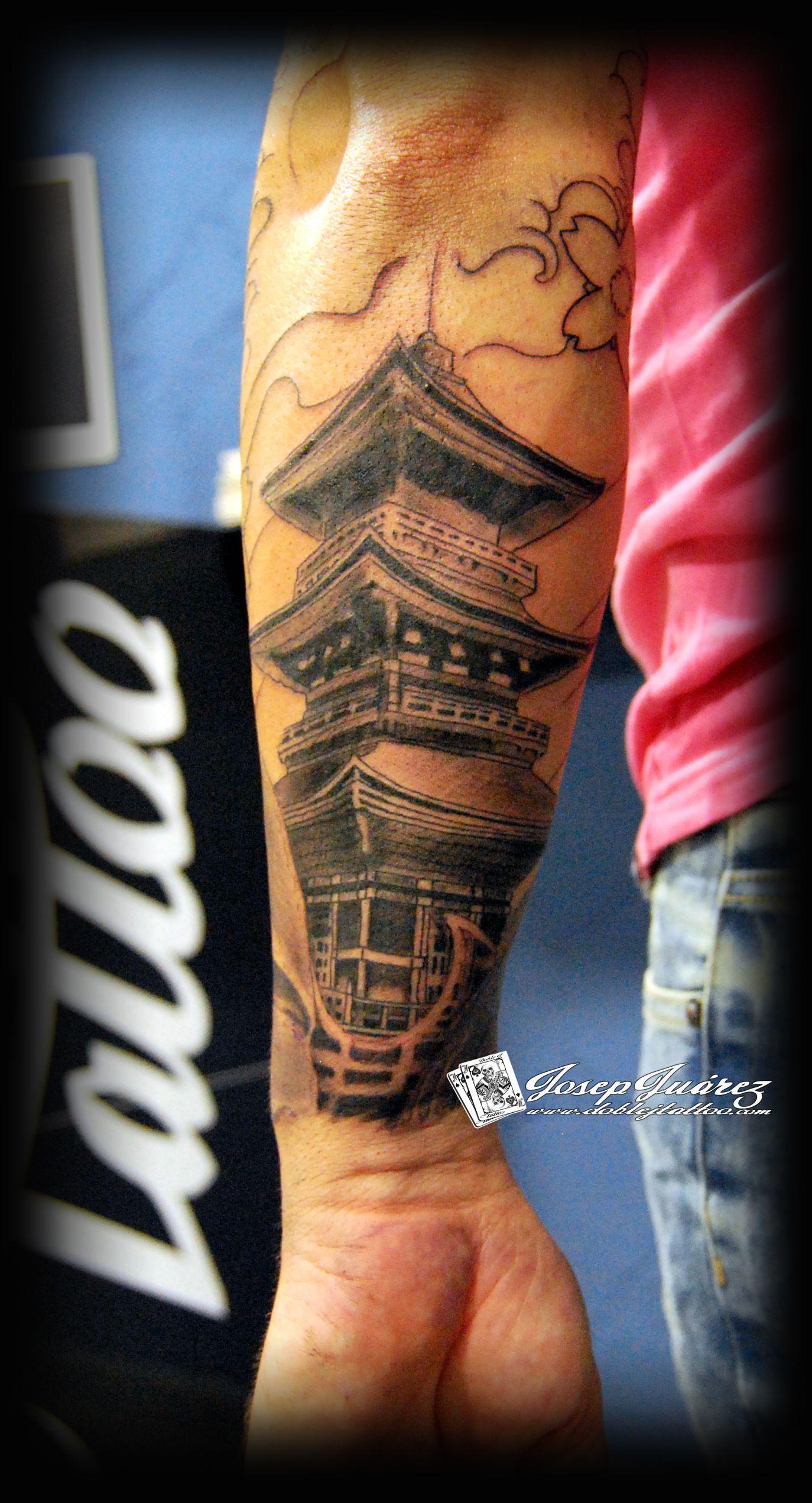 pagoda tattoos pinterest tattoo tatoo and tattos. Black Bedroom Furniture Sets. Home Design Ideas