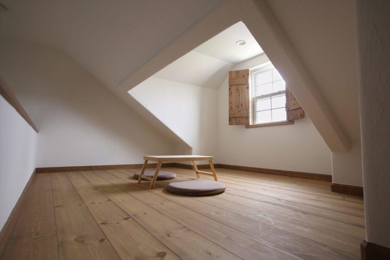中野市注文住宅写真集 屋根裏部屋のある家 小屋裏部屋 屋根裏 部屋
