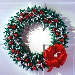 Christmas Hershey kisses wreath. | Christmas | Pinterest ...