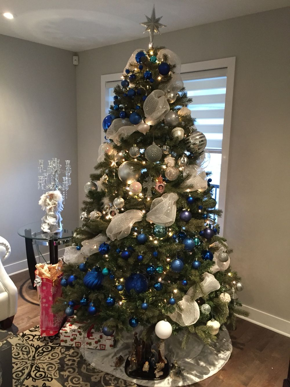 White Navy Blue And Silver Christmas Tree Color Bloc Decoration Silver Christmas Tree Blue Christmas Decor Blue Christmas Tree Decorations