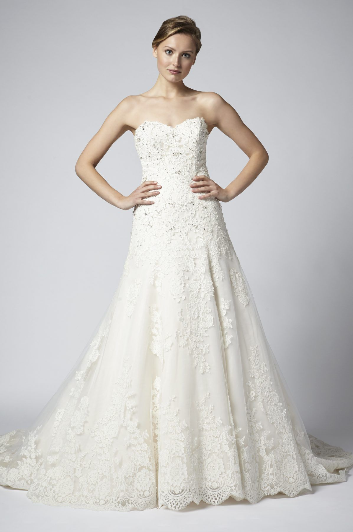 Strapless Lace Beaded A Line Wedding Dress With Sweetheart Neckline
