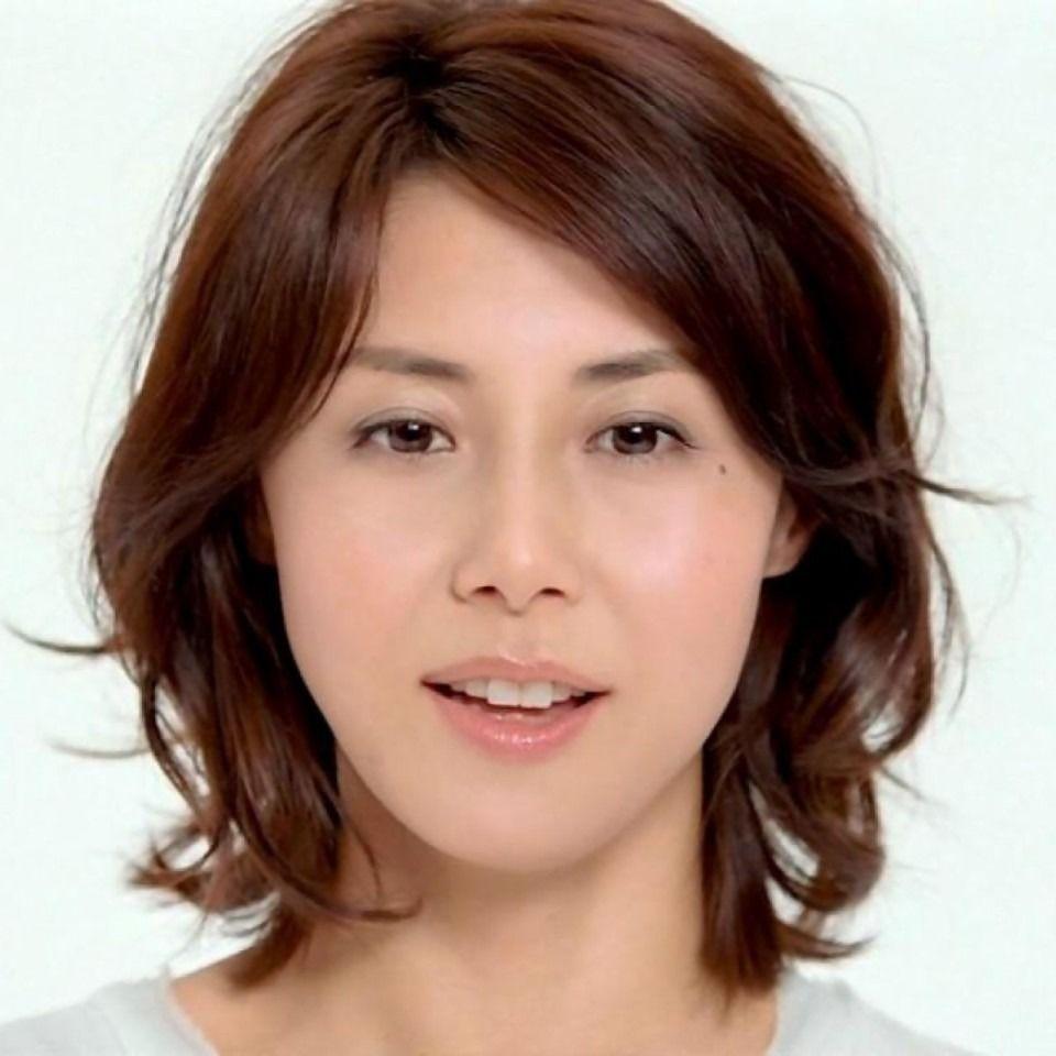 松嶋菜々子 ナチュラルパーマボブ 40代 髪型 若く見える 40代が
