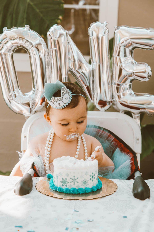 ANNABELLE'S 'WINTER ONEDERLAND' FIRST BIRTHDAY PARTY