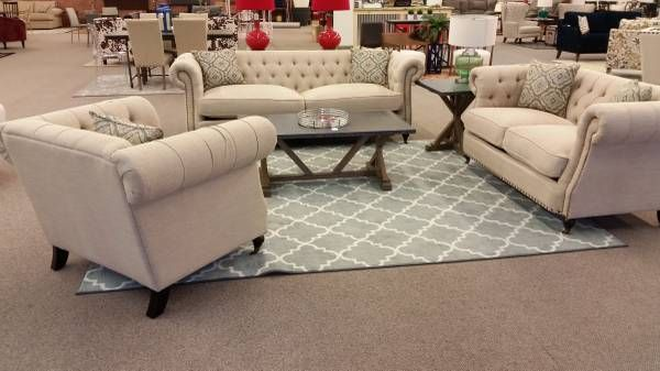 charlotte s 1 chesterfield sofas high design without the high mark rh pinterest com