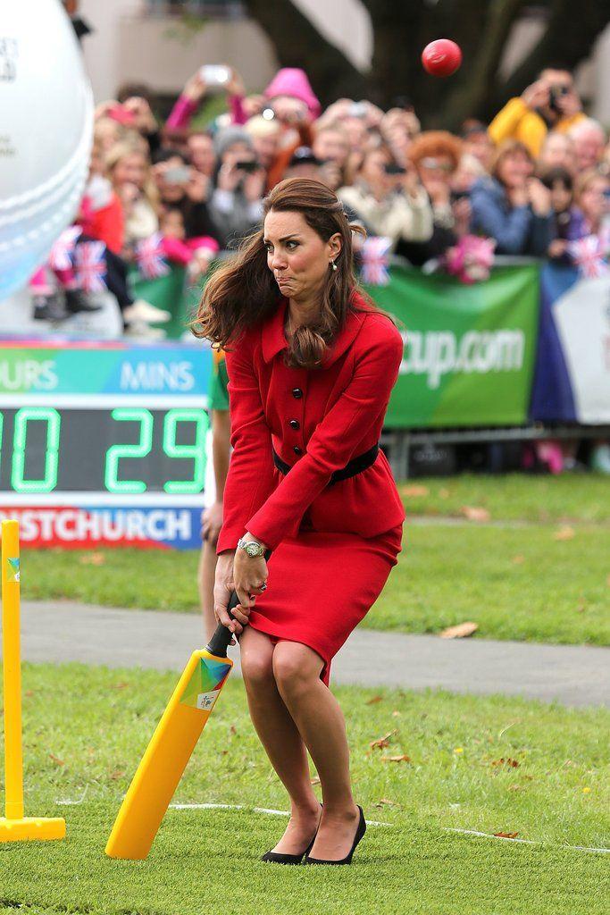 Kate Middleton Being a Normal Person   POPSUGAR Celebrity