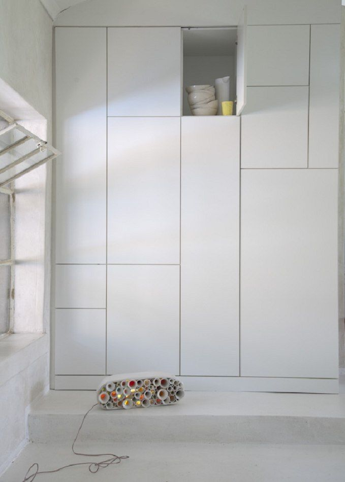 mud studio une ancienne glise r nov e en habitation en. Black Bedroom Furniture Sets. Home Design Ideas
