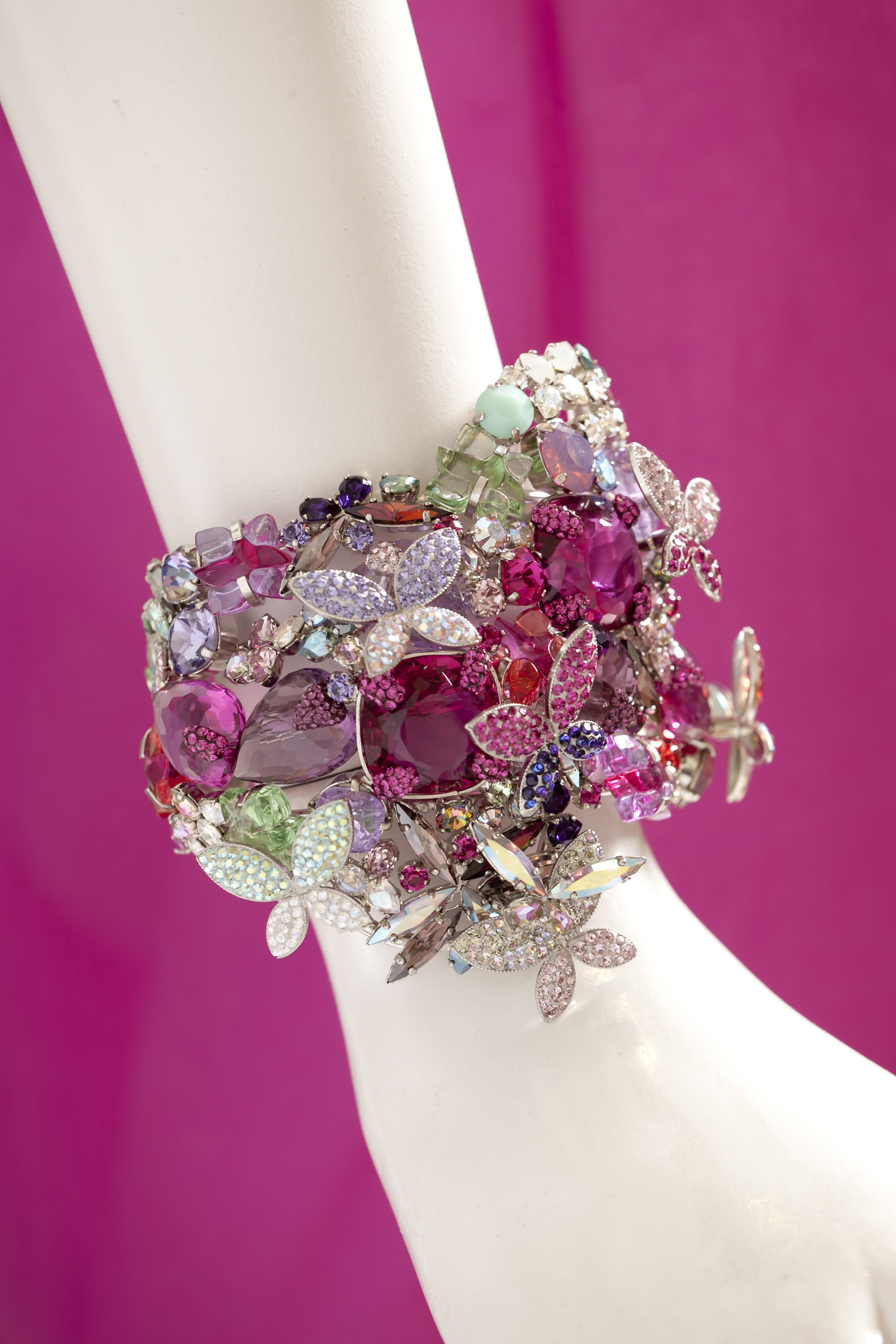 #fushia #jewelry #fushia #swarovski #archives  #EmmanuelNguyenNgoc