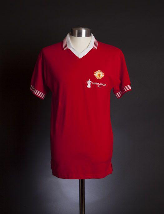 a590a5b21 Manchester United 1977 FA Cup Final shirt