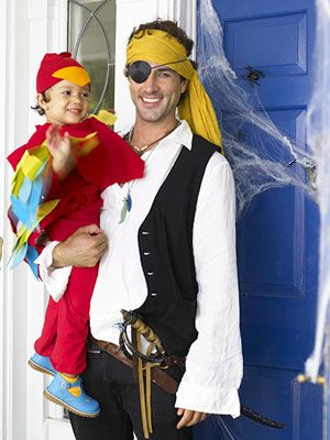 Pirate and Parrot and lots more themed family costumes for Halloween - mom halloween costume ideas