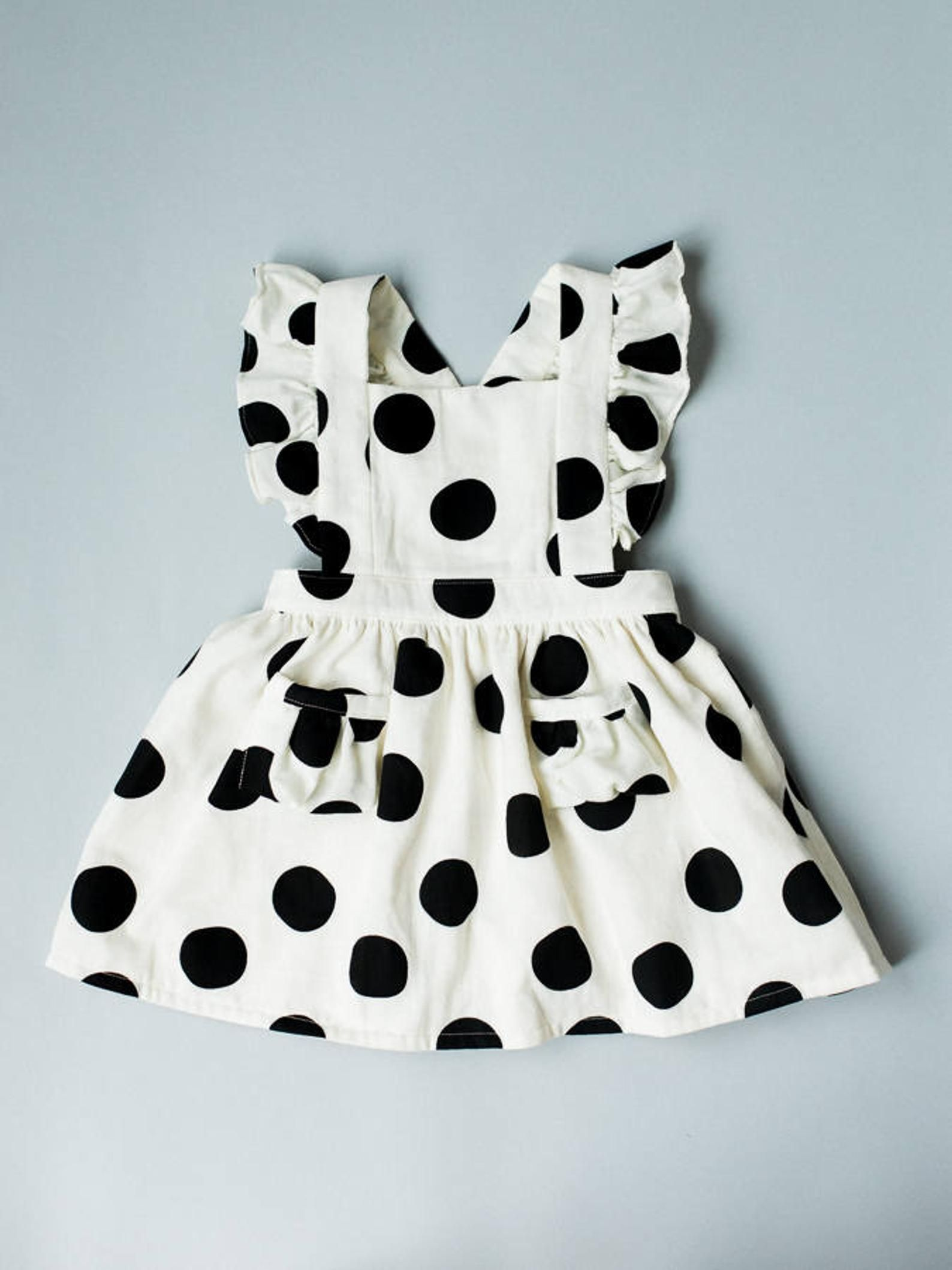 Robe Pinafore Pour Tout Petits Robe Pour Tout Petits Robe Etsy Vintage Girls Dresses Kids Dress Baby Frocks Designs [ 2117 x 1588 Pixel ]