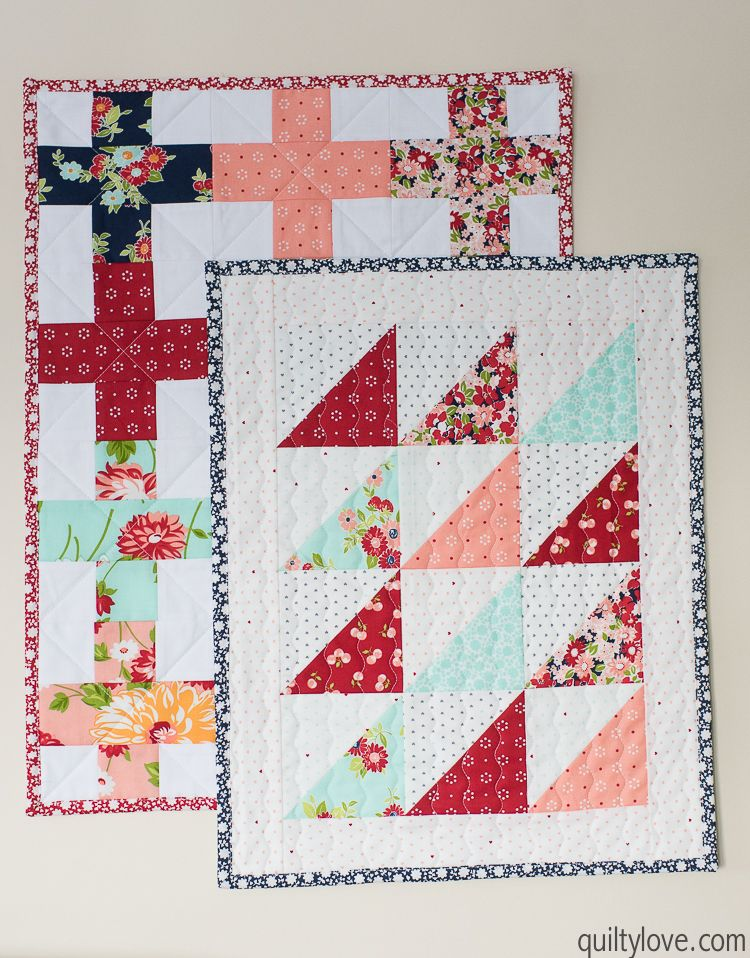 Quilty Love How To Make A Doll Quilt Free Tutorial Http Www Quiltylove Com Handmade Christmas Gi Dollhouse Quilt Mini Quilt Patterns Miniature Quilts