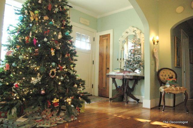 Mod Vintage Life Blue Walls Pinterest Christmas tree