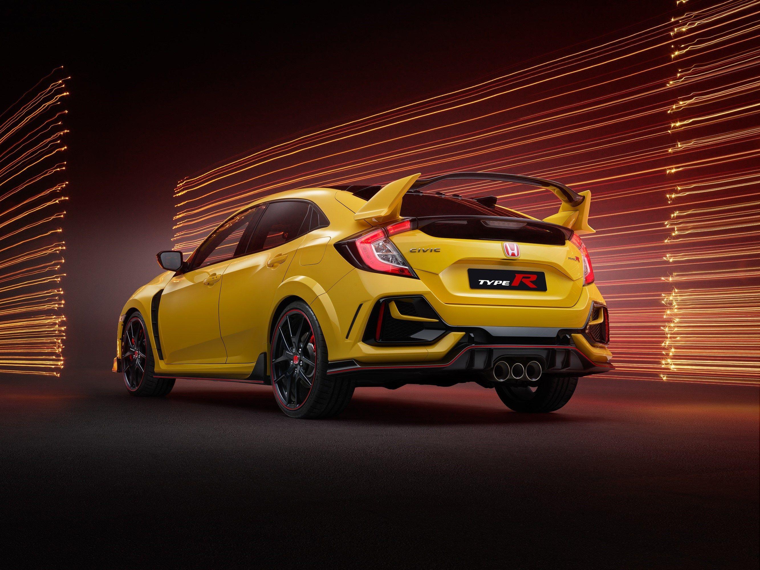 It Looks Like The 2022 Honda Civic Type R Won T Be Hybrid After All Top Speed Honda Civic Type R Honda Civic Honda