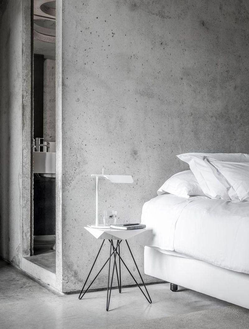 15 Examples Of Amazing Concrete Bedroom Walls Concrete Bedroom Concrete Interiors Bedroom Interior