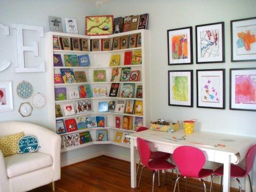 Living With Kids: Kendra Damiecki...corner bookshelf