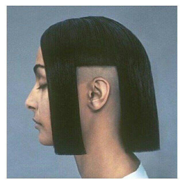 Epingle Par Coco Baude Sur Beauty 01 Underground Hairstyle Coiffures Filles Cheveux Droles Cheveux Moches