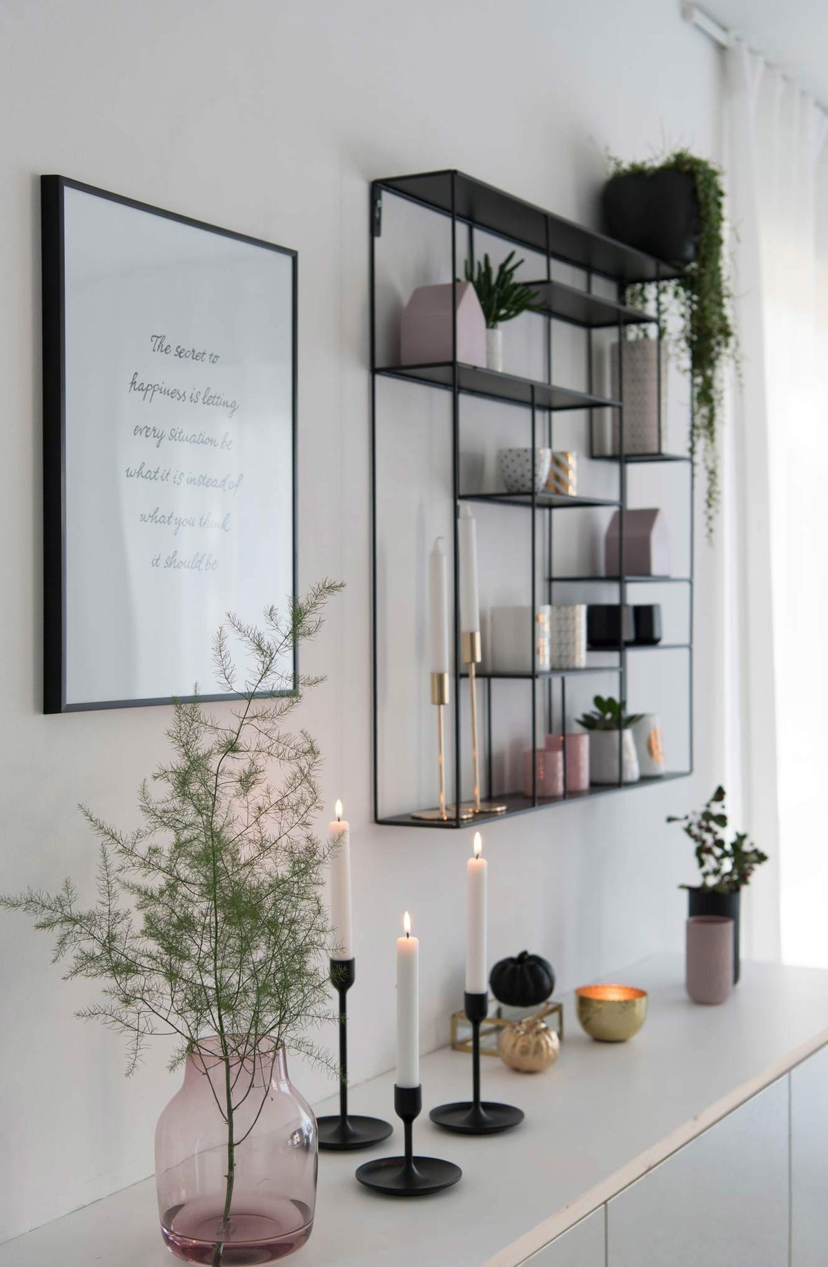 Living Room Inspo Black White And Millennial Pink Apartment Living Boligindretning Stue Ideer Boliginterior