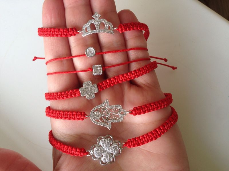 Как сделать браслет желаний из красной нити