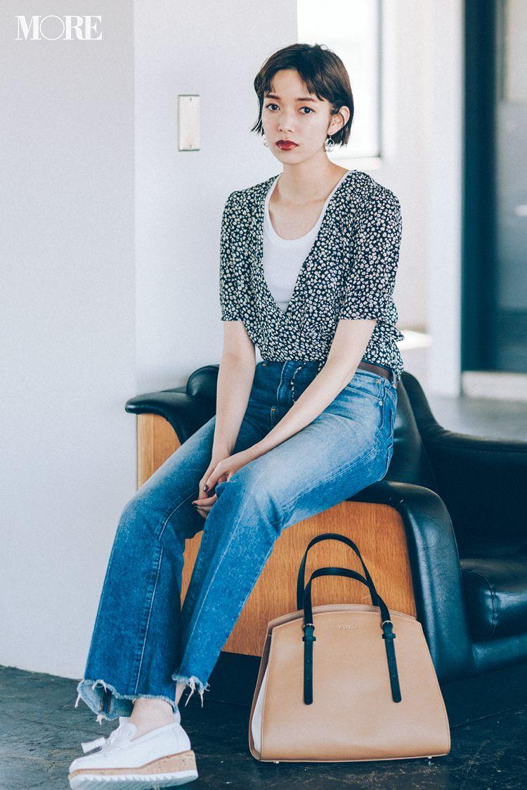 今日のコーデ ハードスケジュールの月曜は 一枚できれい が叶うベルトつきワンピを小物で格上げ 土屋巴瑞季 ファッションスタイル 日本のファッションスタイル デニムスタイル