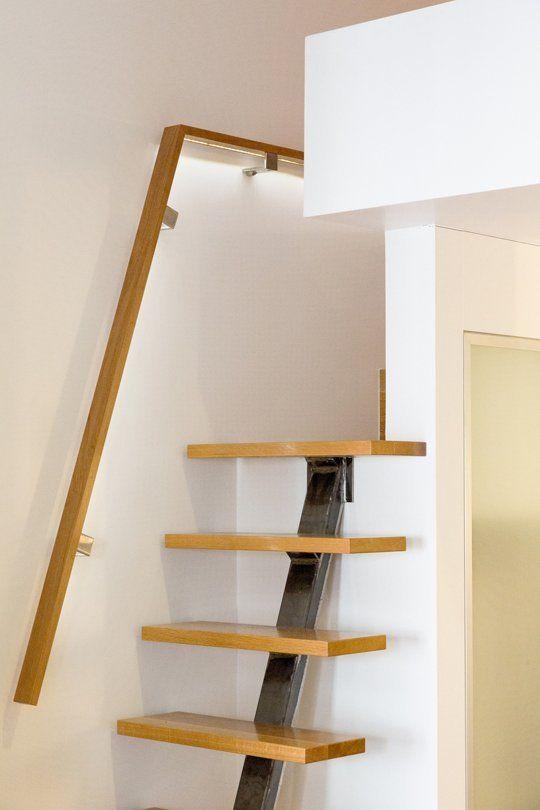 Shell S Renovated Lofty Studio Escalier Gain De Place Maison Bois Et Escalier Mezzanine