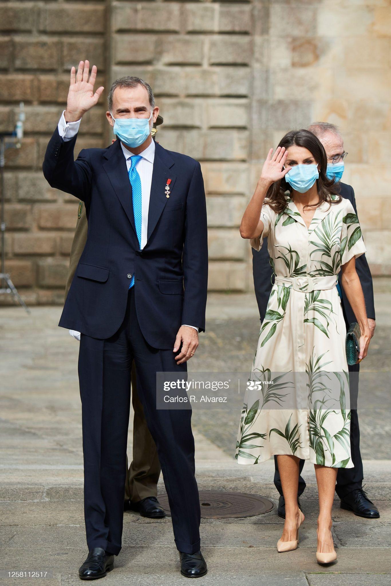 Fotografía De Noticias King Felipe Vi Of Spain And Queen Letizia Of En 2020 Estilo Real Pareja Elegante Queen